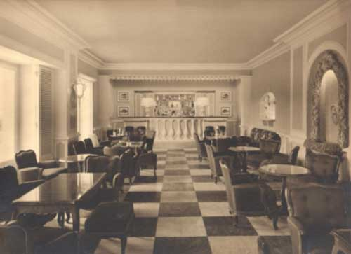 The Spy Bar as Fleming and Popov experienced it.